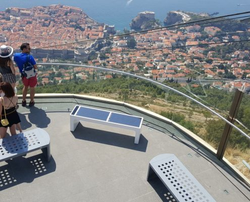 Steora smart bench Croatia - Dubrovnik intelligente Parkbank