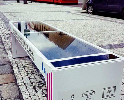 Steora smart bench Czech Republic - Prag intelligente Parkbank
