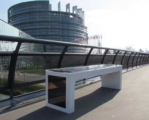 Steora smart bench France - Strasbourg intelligente Parkbank