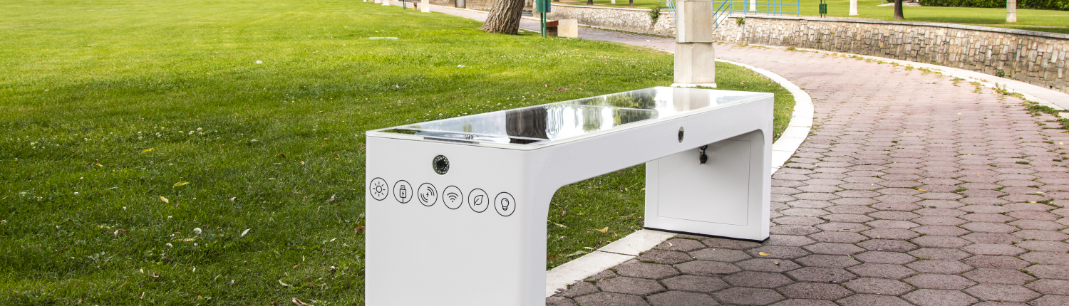 Steora smart bench CCTV Slide. intelligente Sitzbank